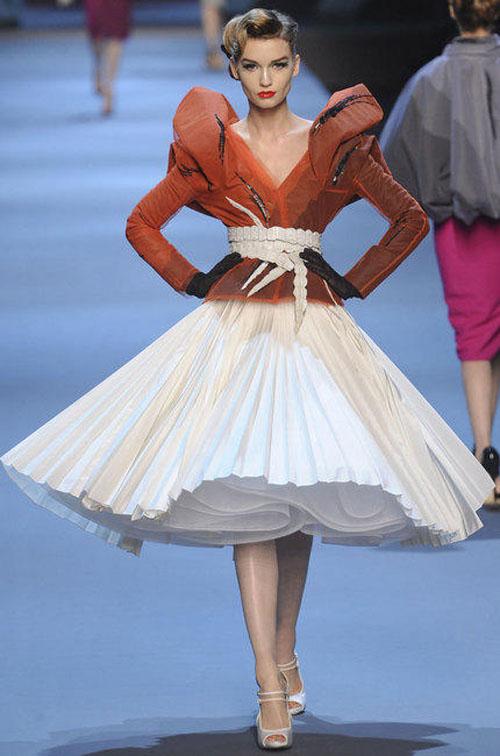 Dior haute couture printemps été 2011 blanche