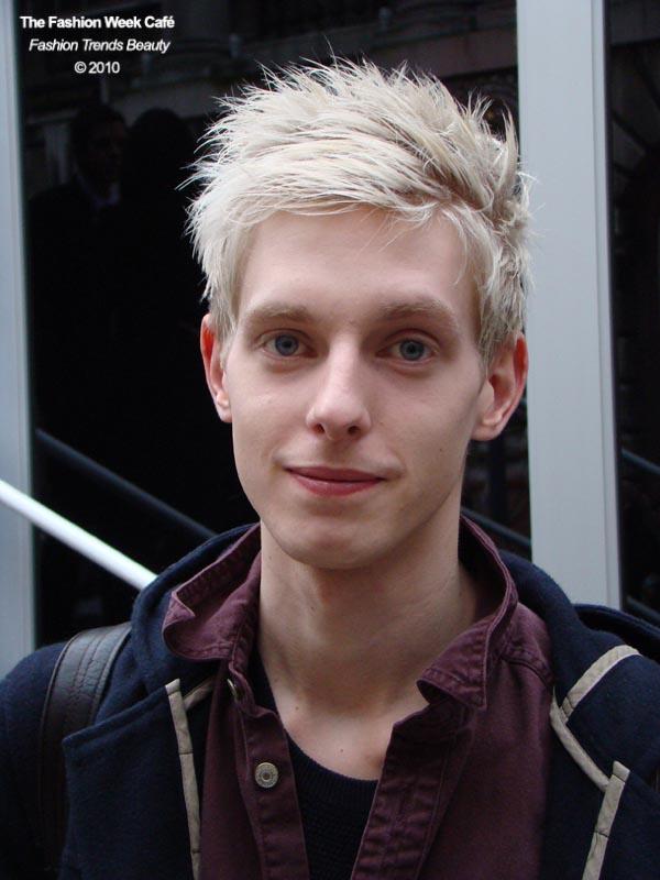 mannequin homme blond londres