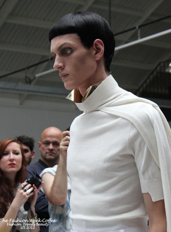 juun-j-défilé homme 2012 veste blanche