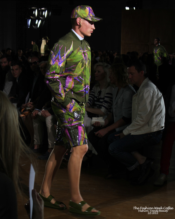 givenchy-homme-vert