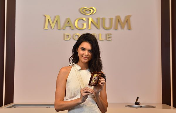 kendall-jenner-magnum-cannes