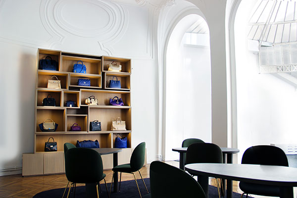 collector-square-showroom